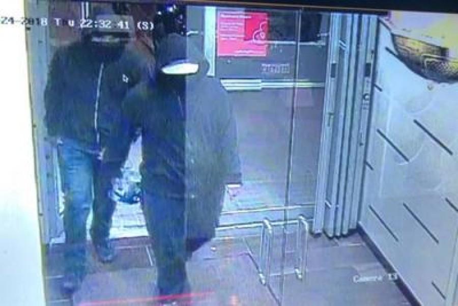 Bomba in un ristorante indiano di Toronto, almeno 15 feriti