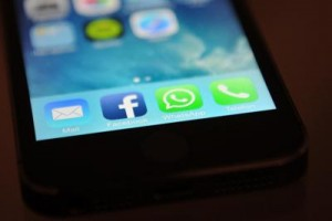 Whatsapp, Fb e Instagram blackout per ore