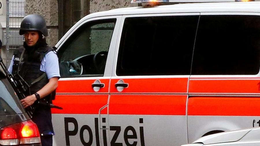Svizzera: giovane appicca fuoco a treno, sette feriti