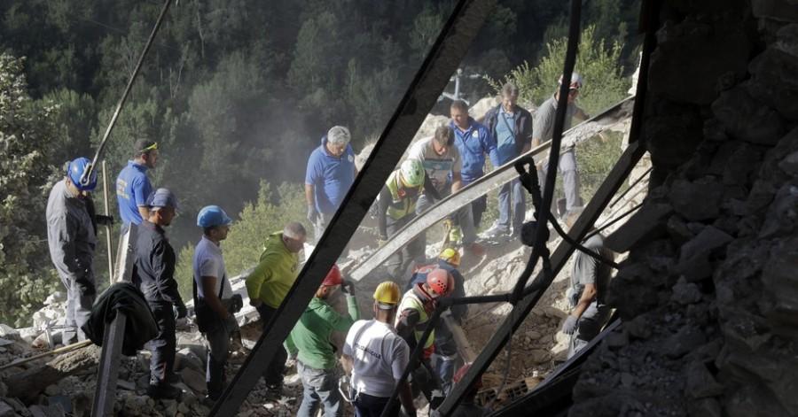 Terremoto Centro Italia, Renzi: