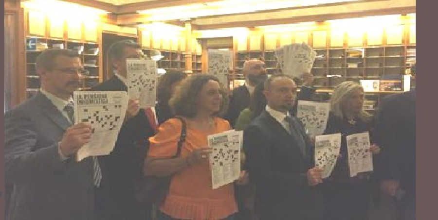 Vitalizi, M5s chiede a presidenti Camere rinunciare a privilegio