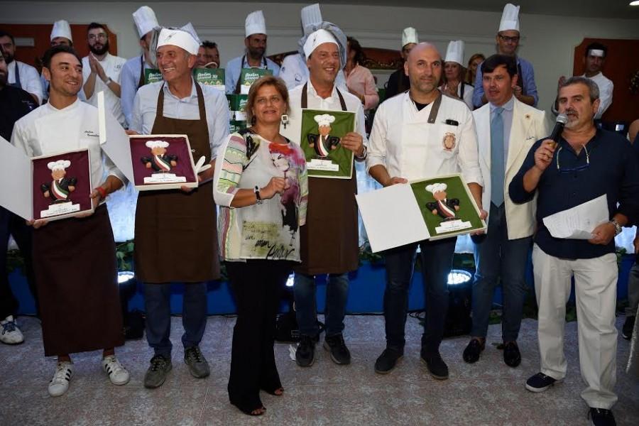 Ufficio Di Bisceglie Catania : Reggiotv news reggina venerdì amichevole con il catania