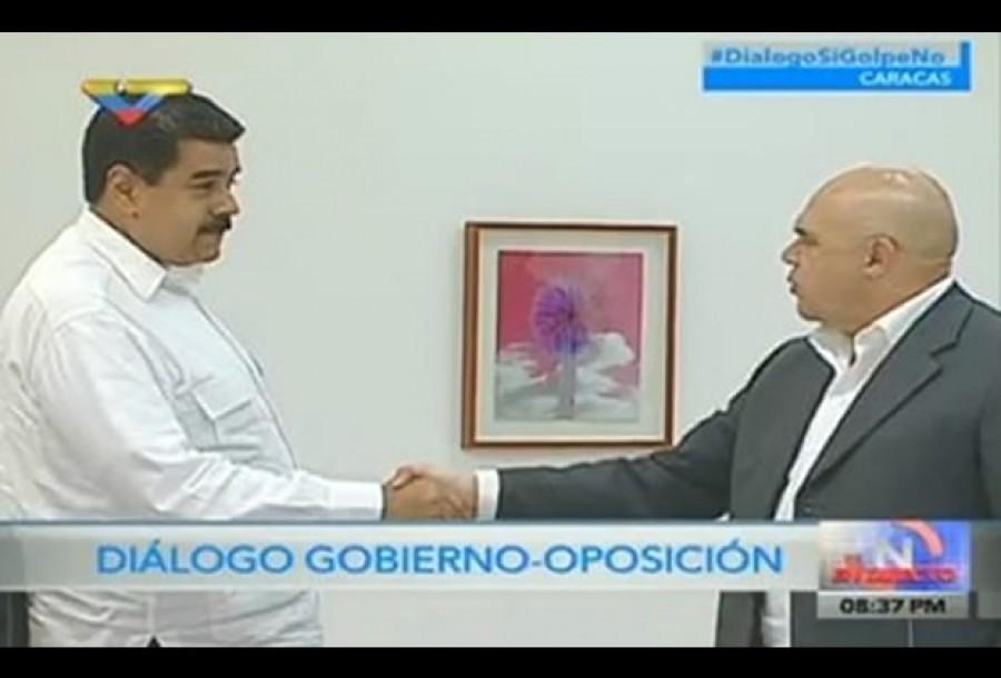 Venezuela Maduro incontra l'opposizione con la mediazione del Vaticano