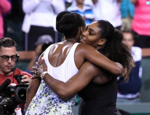 Venus y Serena Williams son invitadas para disputar torneo de dobles de Roland Garros
