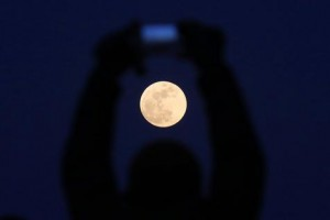Un espectacular eclipse de una superluna