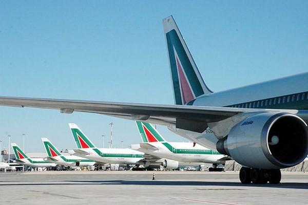 Aeroporto di Taranto – Grottaglie. Emiliano ha inserito nel CdA di AdP (aeroporti di Puglia) una risorsa tarantina!