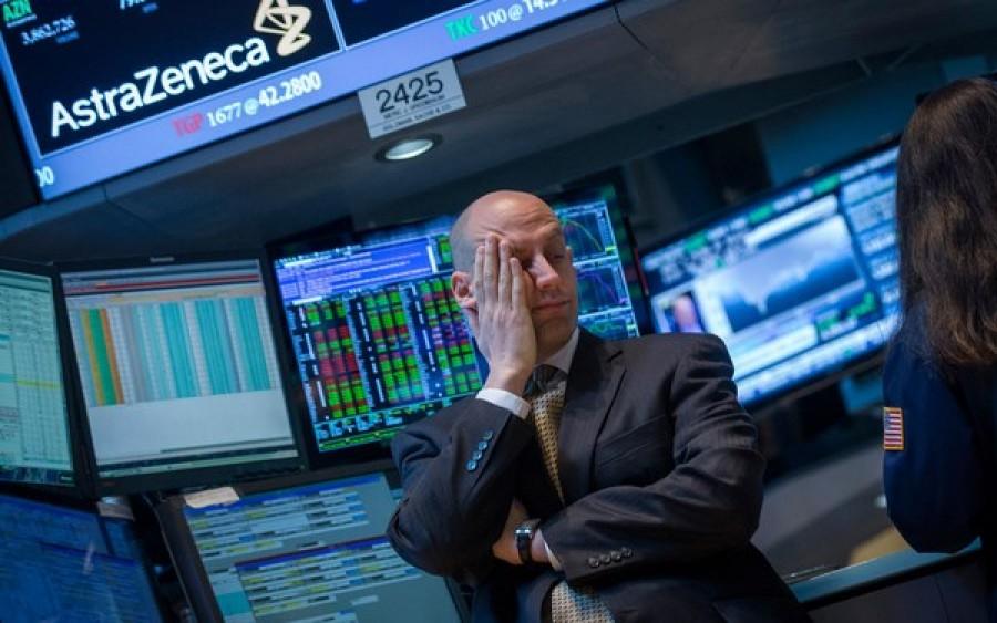 Fitch abbassa ancora il rating dell'Italia: da