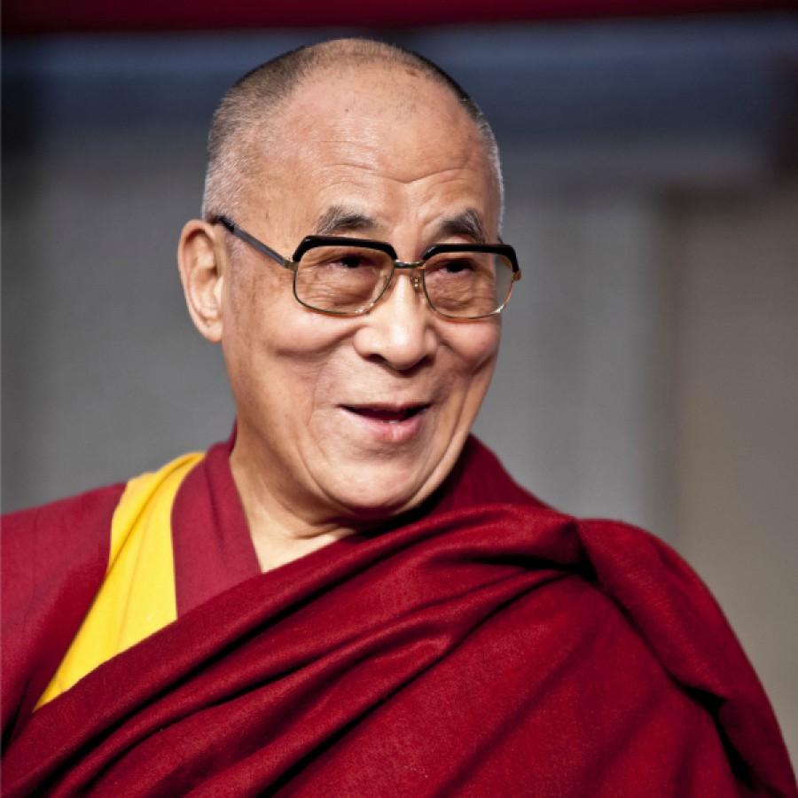 Dalai Lama a Taormina e Messina, Accorinti assegna 120 mila euro a TaoArte per le spese ed è polemica
