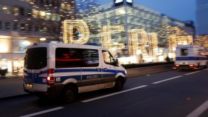 ISIL claims responsibility for Berlin Christmas market attack