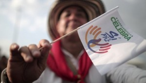 Colombia's Santos Opens Door to Peace Talks with ELN Rebel Army