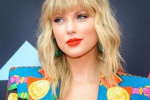 Taylor Swift, récord de ventas en la peste