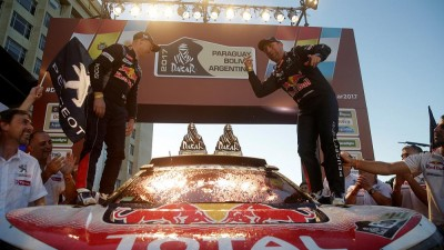 Peterhansel and Sunderland make Dakar Rally history