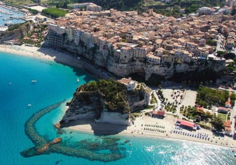 Matrimonio Spiaggia Tropea : Tropea la perla del tirreno calabria