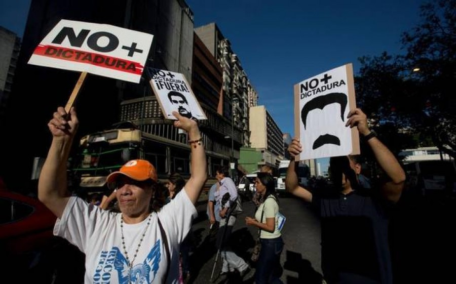 Venezuela, a Nicolas Maduro pieni poteri: esautorato il Parlamento