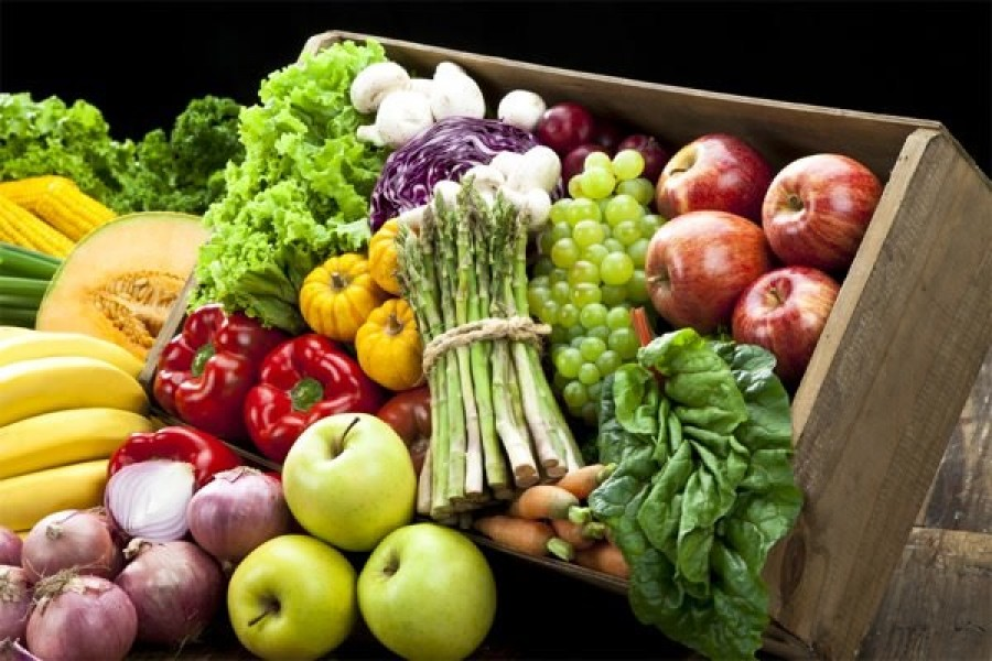 Siccità: Coldiretti, crollano i prezzi della frutta