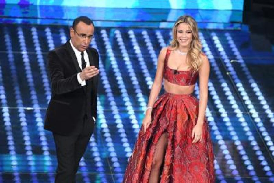Sanremo, c'è anche Crozza: battute su Raggi, le polizze e Salvini