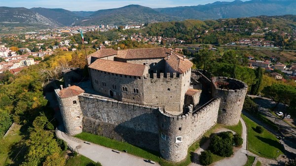 Da Trieste a Gorizia il Carso, tra bellezze e memoria della Grande Guerra