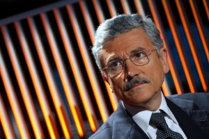 D'Alema all'attacco, «Comitati pronti ad ogni evenienza, al Pd serve cambio di leadership»
