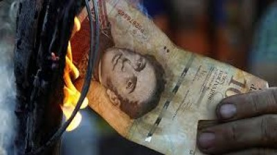 Violence erupts as Venezuelans scramble to replace void banknote