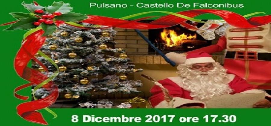new concept 82e75 6e8ff Pulsano (Taranto) - La casa di Babbo Natale al Castello de ...