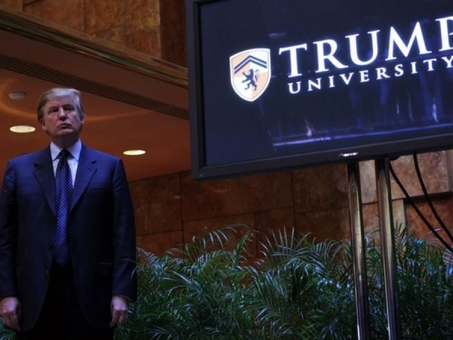 Usa: Trump cede, accordo per chiudere tre cause contro sua Università
