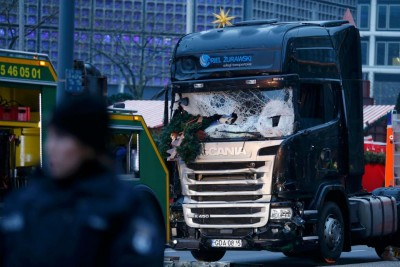 Berlin truck attack: Three detained in Tunisia including suspect's nephew